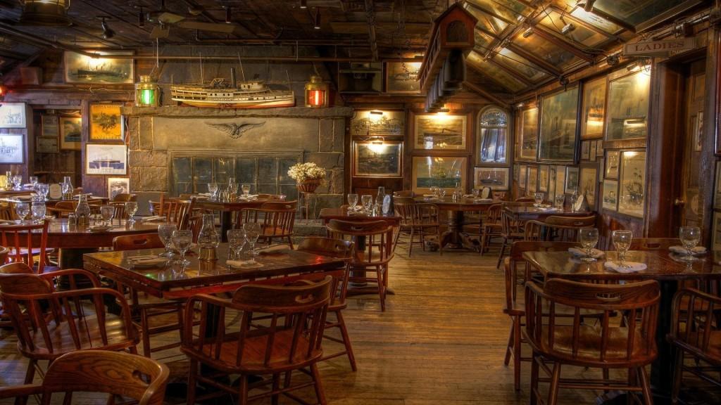 nautical_motif_restaurant