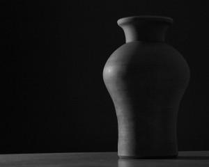 vase-bw-1280x1024